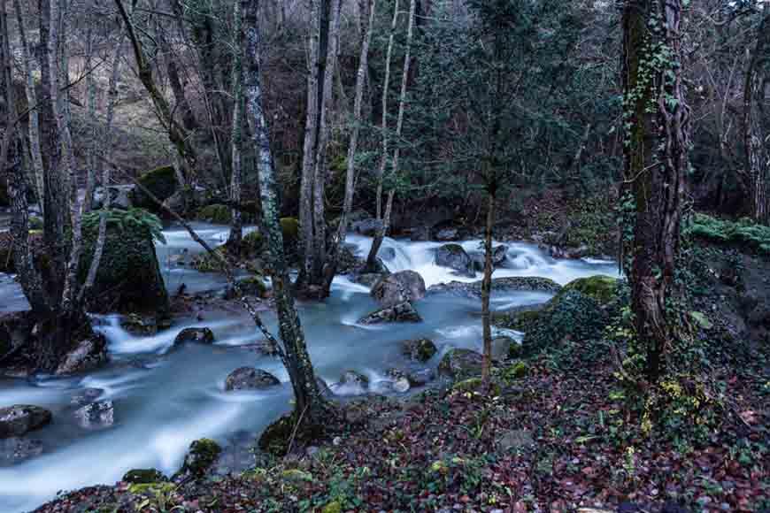 Bordeando el río