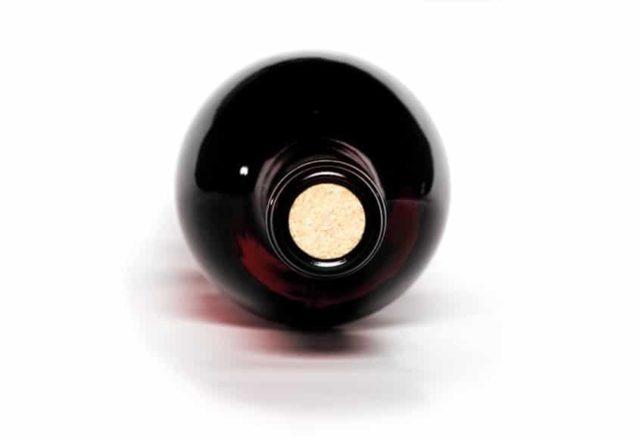Botella de vino frontal